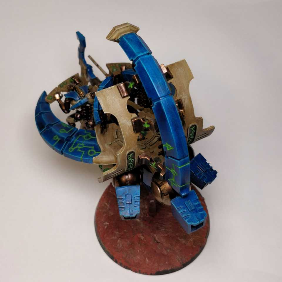 Catacomb Command Barge links hinten
