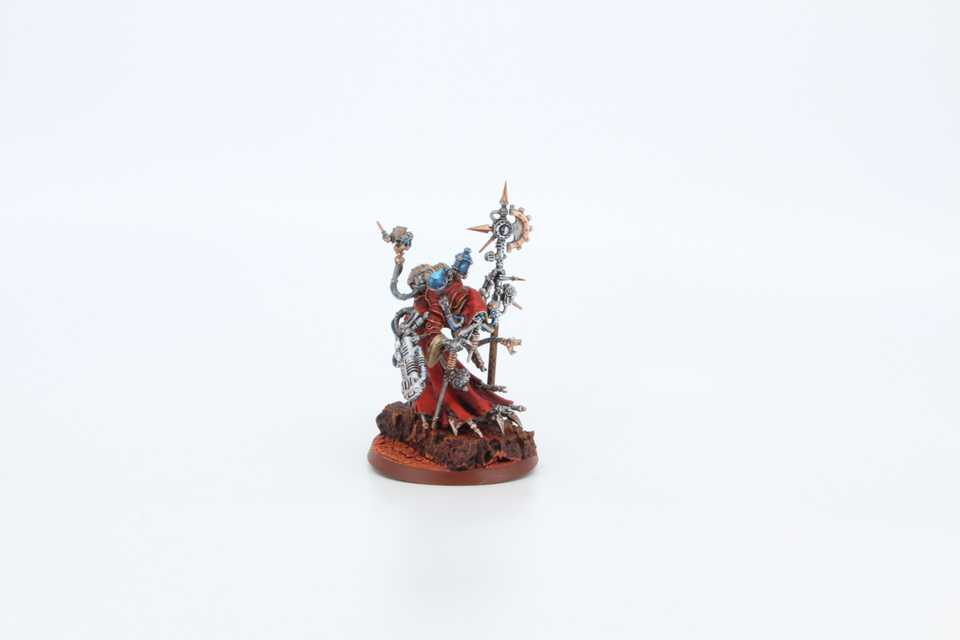 Tech Priest Dominus - Frontal Rechts